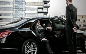 Servicio de automóviles, Servicio de coche, Cuidad de Nueva York, Limusina,  transporte grupal, tours y visitas turísticas en limusina, giras itinerantes, Servicios de limusina con chofer, viajes de negocios, corporativos y para ejecutivos.