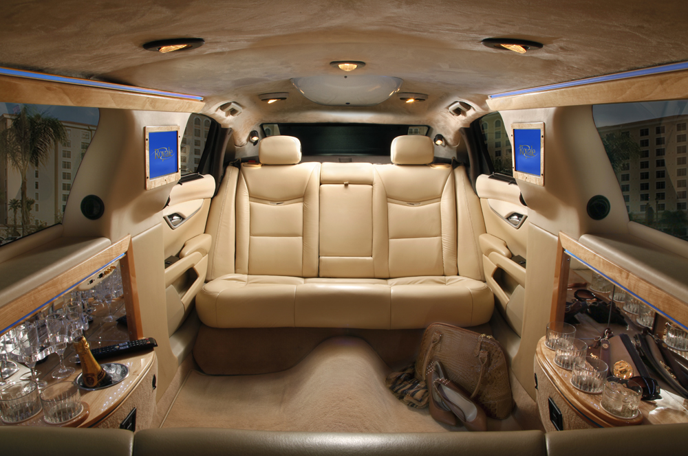top 6 reasons to hire a limousine rental company in nyc. Black Bedroom Furniture Sets. Home Design Ideas