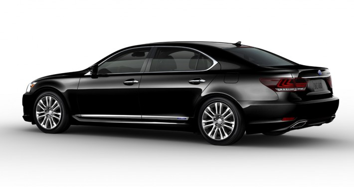 Lexus LS460 Luxury Sedan