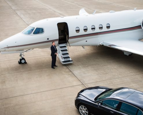 Automotive Luxury provides the best luxury limo service, luxury chauffeur service, luxury car service.